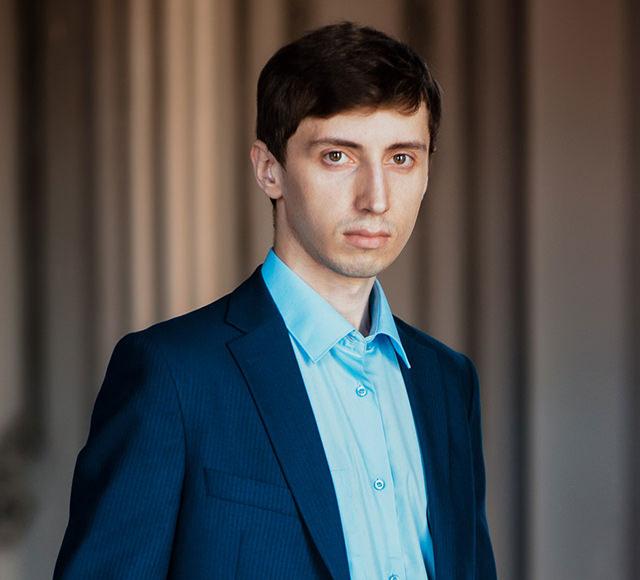 Виталий, разработчик