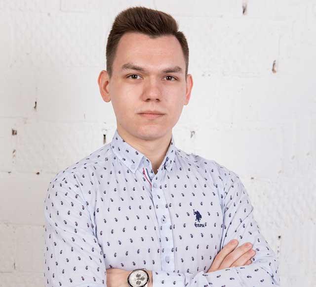 Дмитрий, маркетолог
